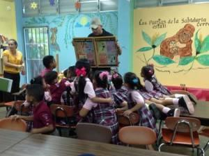 Charla a niños de Escuela Urbana de Maunabo