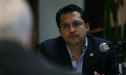 (Rep. Ángel Peña Jr.)
