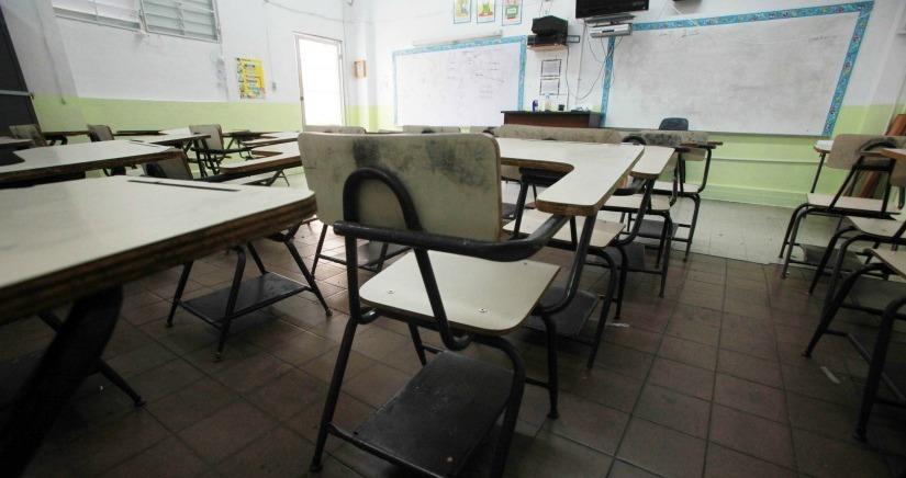 miércoles, 7 de noviembre de 2012 Escuelas Despues de las Elecciones. En la foto la escuela Labra (Foto: Ángel L. Vázquez)
