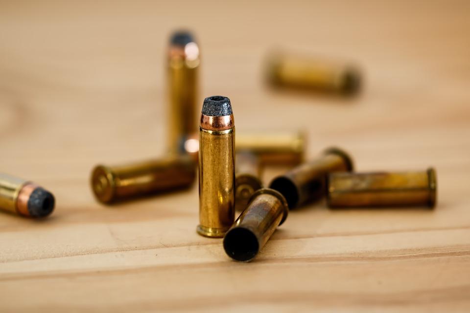 balas doradas