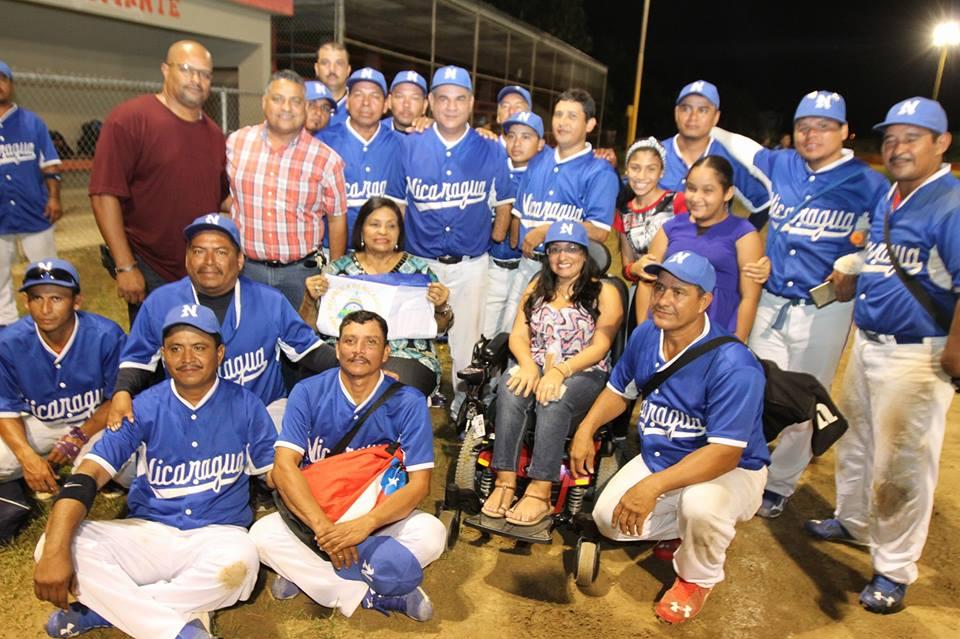 torneo-de-softball-bandidos-de-un-solo-brazo-equipo-nicaragua